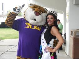 Miss LSU-USA 2011, Christina Famularo